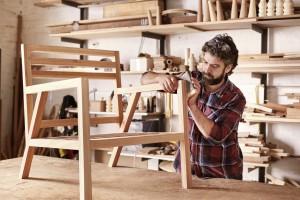 Stuhl bauen