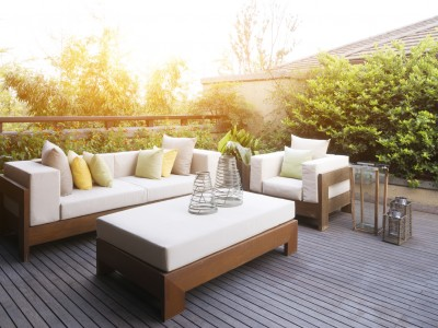 Terrasse bei Sonne