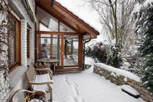 Wintergarten bei Schnee